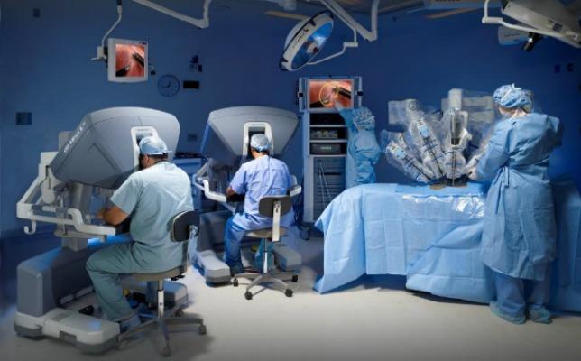 робот да Винчи вылечит от рака легких за 2 дня