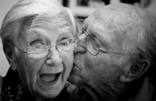 Создано лекарство, способное замедлить наступление старости